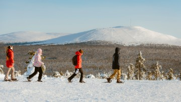 picture Snowhike Lapland Travel Äkäslompolo