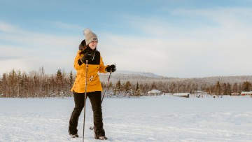 picture cross country skiing Lapland Travel Äkäslompolo